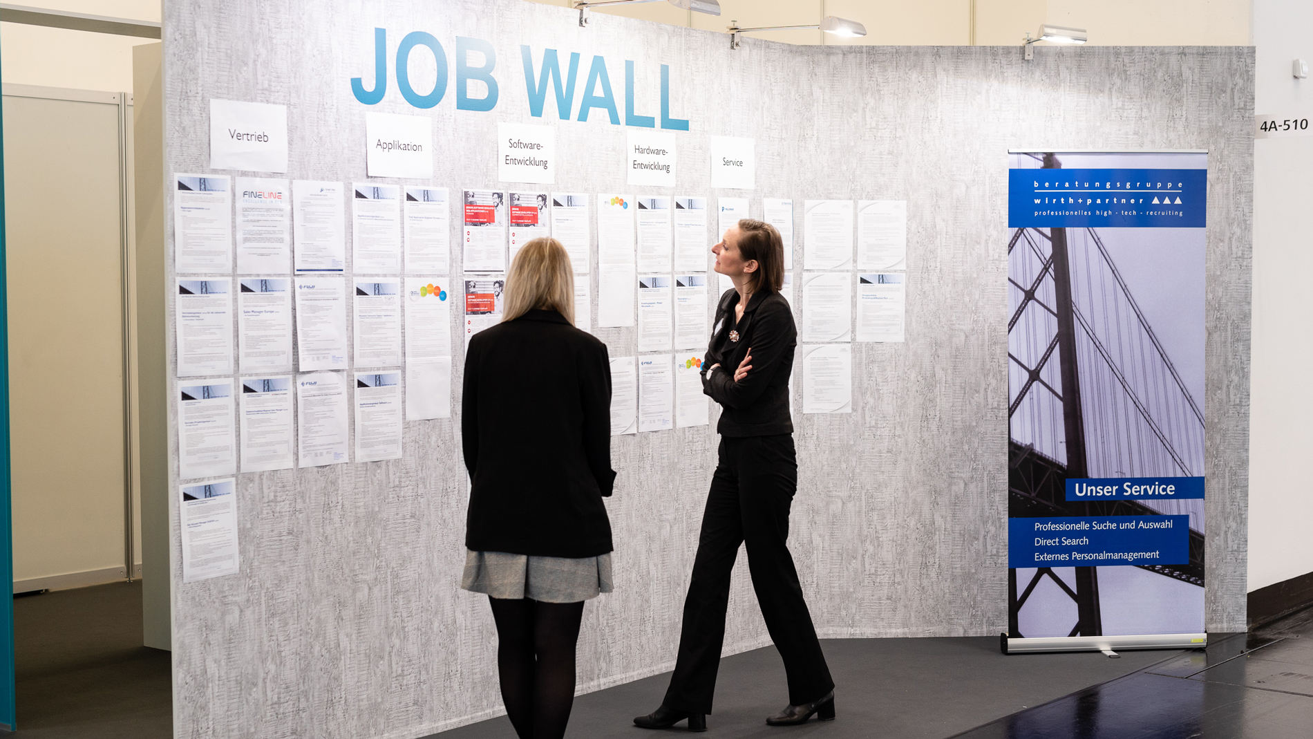 Job wall: job offers in electronic manufacturing